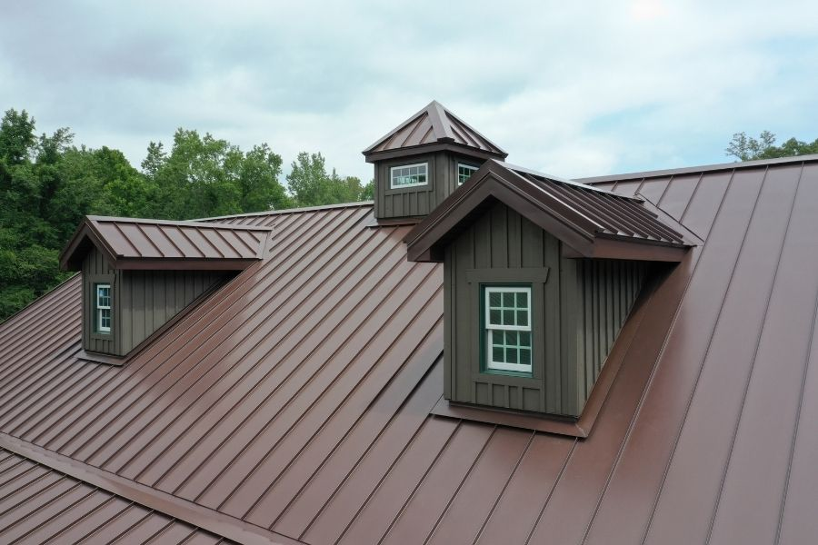Metal Roofs Are Fire-Retardant