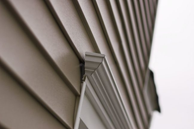 Vinyl Siding Tips and What You Should Consider When Getting Siding Replacement for Your Home