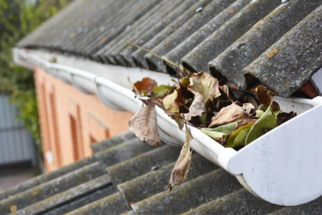 Do Gutters have to be Removed When Replacing a Roof?
